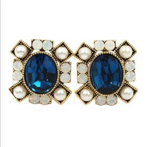 Blue Elegant crystal pearl earrings